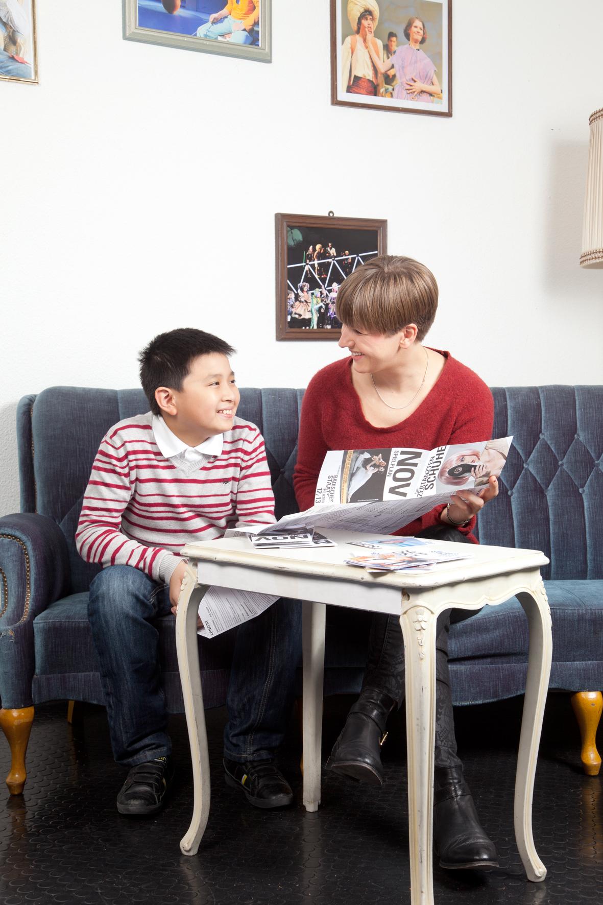 Kultulotsin mit einem Kind