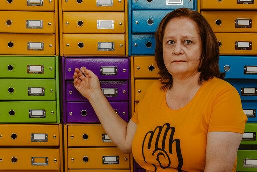 Gastgeberin Kinderschutz Podcast der Deutsche Kinderschutzstiftung Hänsel+Gretel stellt sich vor