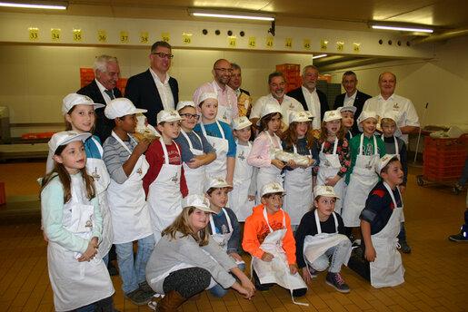 Gruppenbild in der Bäckerei